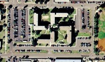 Edificio de la marina de E.U. con forma de esvástica