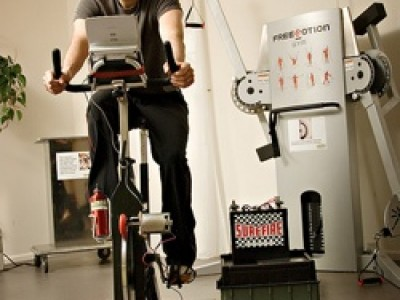 Gimnasios que usan la energía de las bicicletas