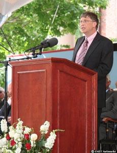 Bill Gates porfín se gradúa