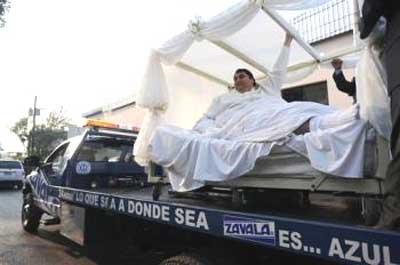Se casa el hombre más pesado del mundo